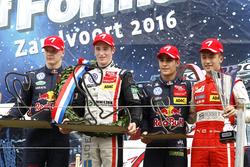 Podium: Race winner Joel Eriksson, Motopark Dallara F316 – Volkswagen; second place Niko Kari, Motop