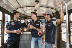 Daniel Ricciardo, Carlos Sainz Jr. and Daniil Kvyat enjoy their aperitivo on the historical tram of Milano
