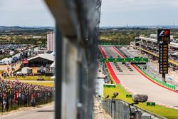 Start action,Grandstand and Track