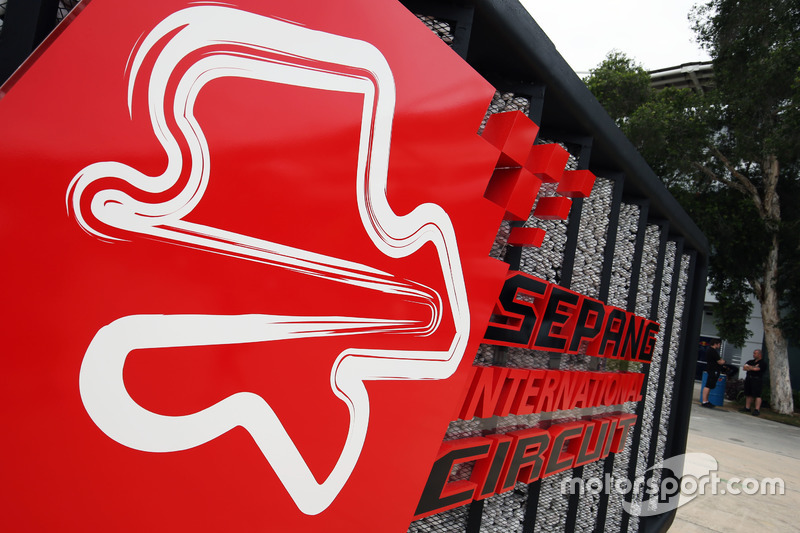 Schild vom Sepang International Circuit