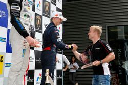 نيكو كاري، موتوبارك وفيليكس روزينكفيست، بطل الفورمولا 3 الأوروبية لموسم 2015