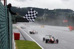 Ben Barnicoat, HitechGP, Dallara F312 - Mercedes-Benz, Nick Cassidy, Prema Powerteam, Dallara F312 -