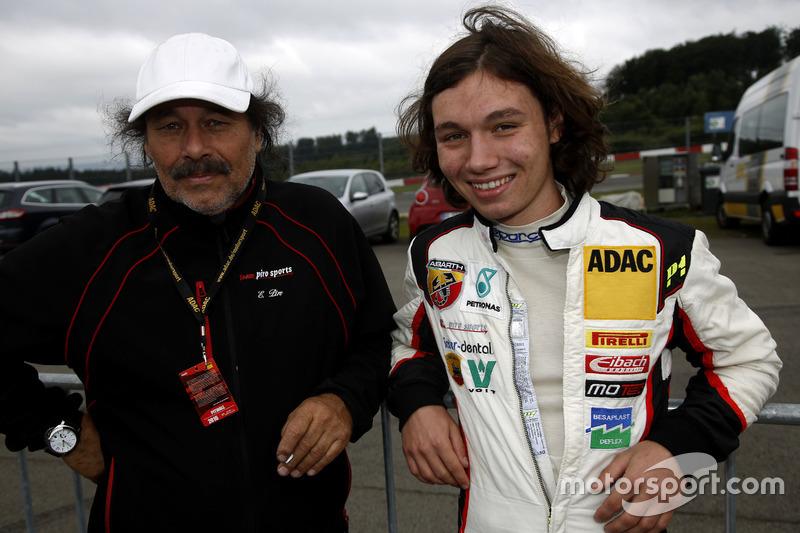 Cedric Piro, Team Piro Sport Interdental mit seinem Vater