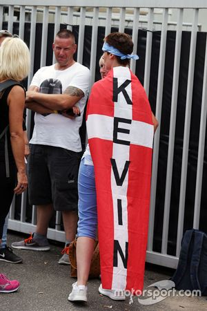 A Kevin Magnussen, Renault Sport F1 Team fan