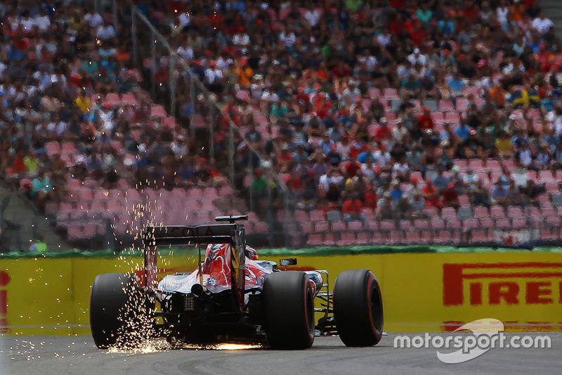 2016 год. За рулем Toro Rosso STR11 на квалификации