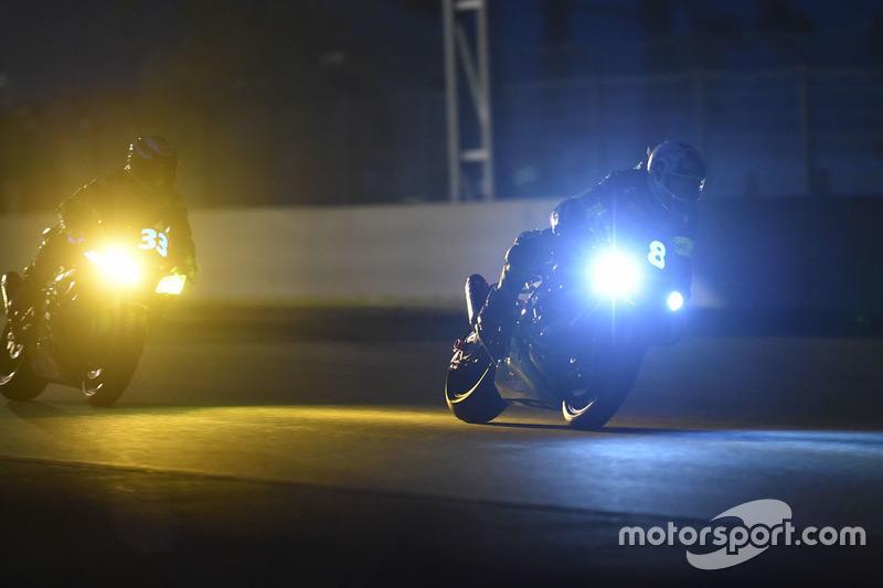 #8 Kawasaki: Horst Saiger, Michael Savary, Gianluca Vizzielo e #33 Kawasaki: Emeric Jonchiere, Antho