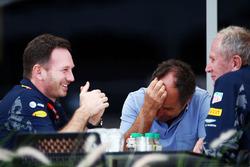 Christian Horner, Red Bull Racing Team Principal met Gerhard Berger en Dr Helmut Marko, Red Bull Motorsport Consultant