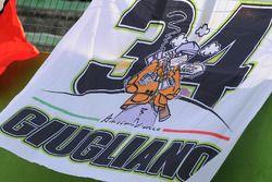 Tifosi di Davide Giugliano, Aruba.it Racing - Ducati Team