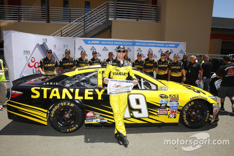 Sonoma: Carl Edwards (Gibbs-Toyota)