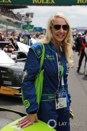 Laurie Krohn, wife of Tracy Krohn