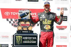 Martin Truex Jr., Furniture Row Racing, Toyota Camry 5-hour ENERGY/Bass Pro Shops celebrates in victory lane