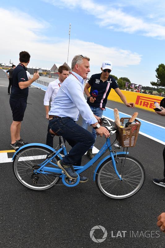 Johnny Herbert, Sky TV on a bike