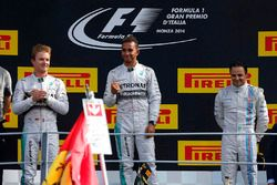 Podium: racewinnaar Lewis Hamilton, Mercedes AMG F1, tweede plaats Nico Rosberg, Mercedes AMG F1, derde plaats Felipe Massa, Williams Martini Racing