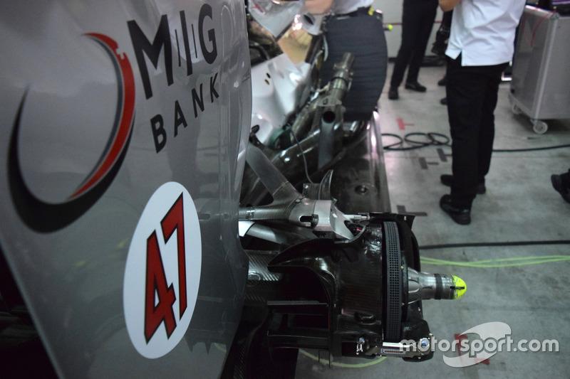 Freno posteriore della Mercedes W04