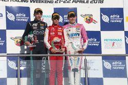 Podio Rookie Gara 3: il secondo classificato Umberto Laganella, Cram Motorsport, il primo classificato Gianluca Petecof, Prema Theodore Racing, il terzo classificato Niklas Krutten, BWT Mucke Motorsport