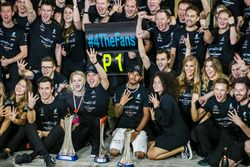 Race winner Valtteri Bottas, Mercedes AMG, Lewis Hamilton, Mercedes AMG and the team are celebrating