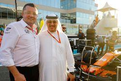Гоночный директор McLaren Эрик Булье и Мохаммед бин Исса Аль-Халифа