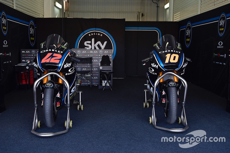 Motos de Francesco Bagnaia, Sky Racing Team VR46, Luca Marini, Sky Racing Team VR47