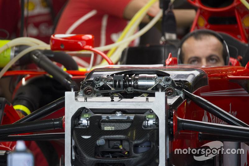 Передня підвіска Ferrari SF70H