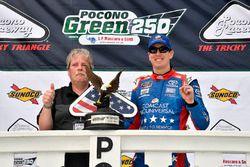 Kyle Busch, Joe Gibbs Racing, Toyota Camry Comcast Salute to Service Juniper wins