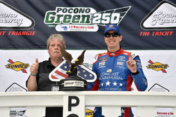 Kyle Busch, Joe Gibbs Racing, Toyota Camry Comcast Salute to Service Juniper wins