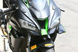 Fairing fins on Kawasaki ZX10R road bik