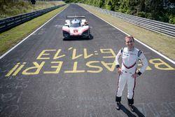 Timo Bernhard avec la Porsche 919 Hybrid Evo