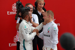 Race Winner Lewis Hamilton, Mercedes-AMG F1 and Valtteri Bottas, Mercedes-AMG F1