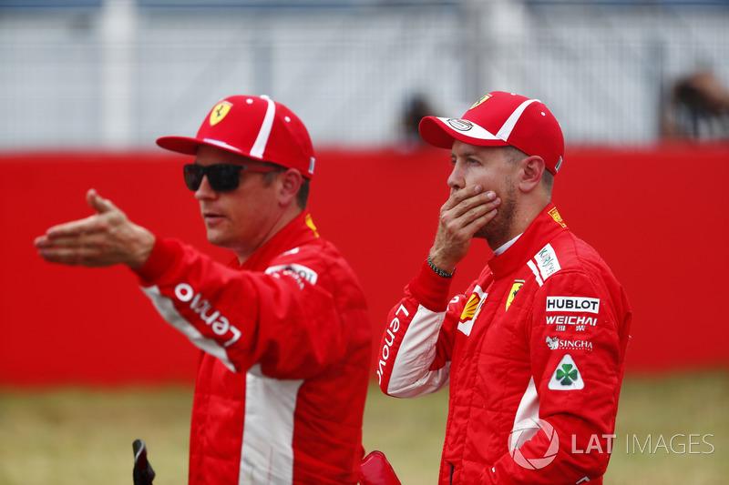 Sebastian Vettel, Ferrari, derrière Kimi Raikkonen, Ferrari