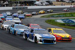 Joey Logano, Team Penske, Ford Fusion Shell Pennzoil e Alex Bowman, Hendrick Motorsports, Chevrolet Camaro Nationwide