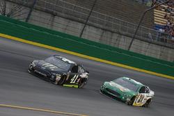 Kurt Busch, Stewart-Haas Racing, Ford Fusion Monster Energy / Haas Automation Paul Menard, Wood Brothers Racing, Ford Fusion Menards / Quaker State