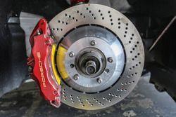 #77 Team NZ Porsche 997 Cup brake disc detail