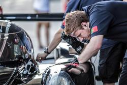 Algarve Pro Racing team members at work