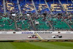 Ryan Blaney, Team Penske Ford, Tyler Reddick, Chip Ganassi Racing Chevrolet