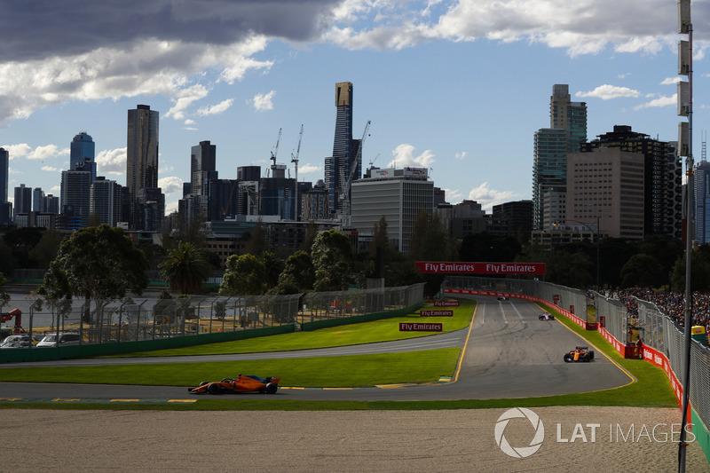 Fernando Alonso, McLaren MCL33 Renault, Stoffel Vandoorne, McLaren MCL33 Renault, and Sergio Perez, Force India VJM11 Mercedes