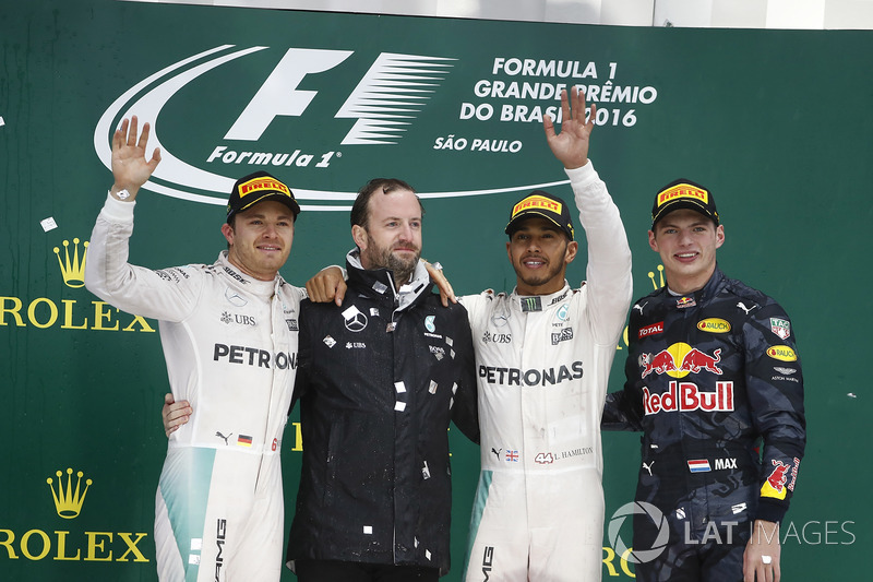 Nico Rosberg, Mercedes AMG, 2nd Position, Bradley Lord, Communication Manager, Mercedes AMG F1,Lewis