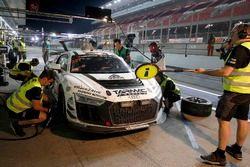 Pit stop, #247 Phoenix Racing Audi R8 LMS GT4: Adderly Fong, Marchy Lee, Shaun Thong, Darryl O'Young