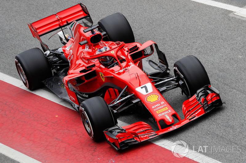 Kimi Raikkonen, Ferrari SF71H, enters the pits