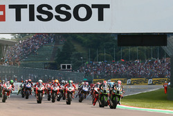 Jonathan Rea, Kawasaki Racing, Tom Sykes, Kawasaki Racing lead the start