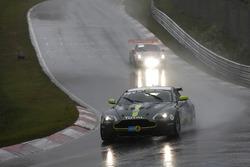 Джейми Чедвик, Питер Кейт, Джонатан Адамс, Алекс Линн, AMR Performance Centre, Aston Martin Vantage V8 (№40)
