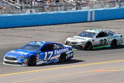Ricky Stenhouse Jr., Roush Fenway Racing, Ford Fusion Fastenal e Gray Gaulding, BK Racing, Toyota Camry Earthwater