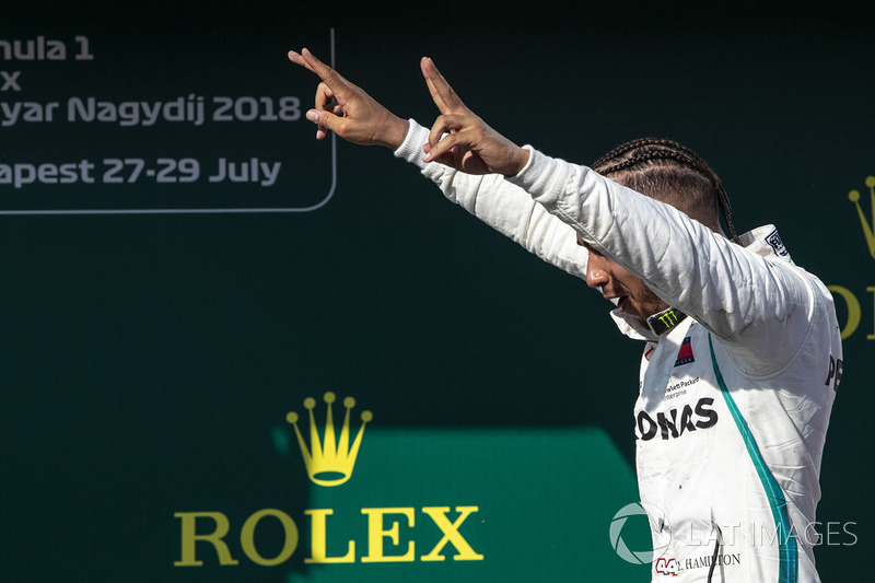 Lewis Hamilton, Mercedes-AMG F1 W09 , ganador de la carrera