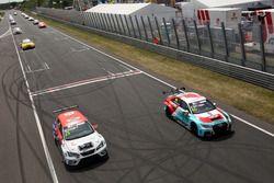 Mikel Azcona, PCR Sport Cupra TCR, Jaap van Lagen, Leopard Lukoil Team Audi RS3 LMS TCR
