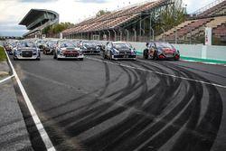 Gruppenfoto: Autos der WRX-Saison 2018