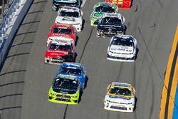 Joey Logano, Team Penske, Fitzgerald Glider Kits Ford Mustang e Chase Elliott, JR Motorsports, Hellm