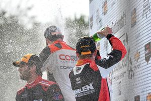 #31 Action Express Racing Cadillac DPi, P - Eric Curran, Felipe Nasr, #54 CORE autosport ORECA LMP2, P - Jon Bennett, Colin Braun