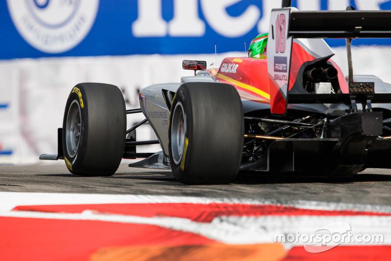 Leonardo Pulcini a hérité de la pole position, sa deuxième de la saison