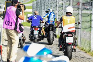 Valentino Rossi, Yamaha Factory Racing, après la panne de sa moto