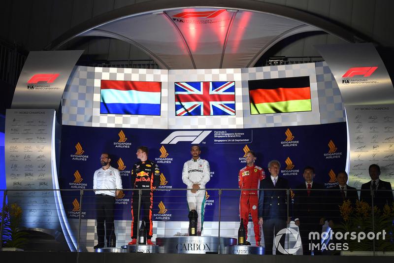 Singapour - Podium : Lewis Hamilton, Max Verstappen, Sebastian Vettel