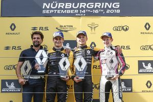 Podium: Race winner Max Fewtrell, R-Ace GP, second place Victor Martins, R-Ace G, third place Charles Milesi, R-Ace GP